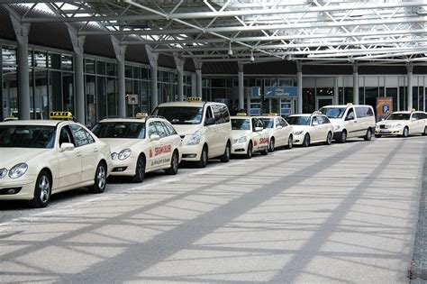 Car Shuttle To Airport by Manhattan Port Transportation Shuttles Taxi