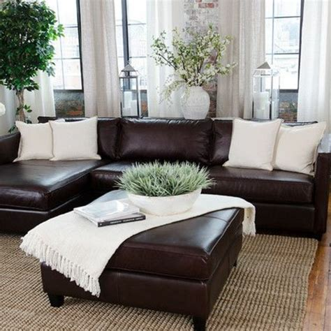 vorh nge wei braun ein wohnzimmer in braun wirkt einladend und wohnlich