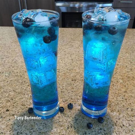 best 25 blue alcoholic drinks ideas on pinterest