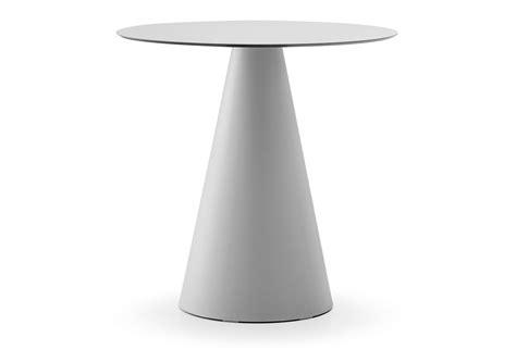 l arredo tavolo ikon per l arredo indoor e outdoor dsedute