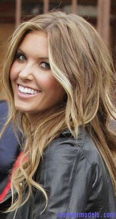 which shade of blonde will brighten up face 12 times jessica simpson dyed her hair a different shade