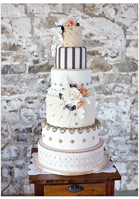 custom wedding hadiah wedding beautiful unique wedding cake cake ideas