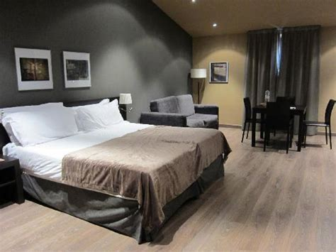 nice bed picture of nord 1901 girona tripadvisor