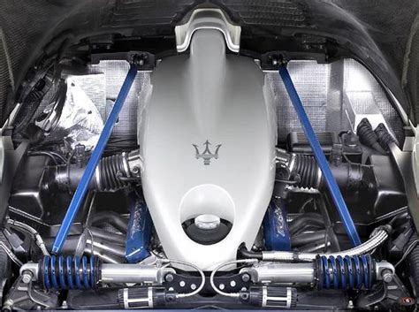 maserati v12 engine maserati mc12
