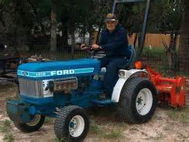 transport a ford 1210 tractor to san antonio