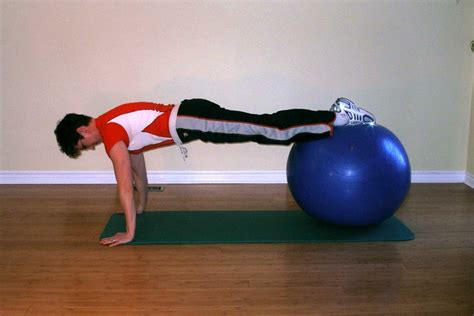 single knee tuck ball exercise