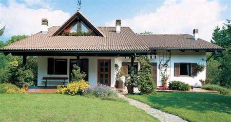 prefabbricate rubner in pietra e legno design casa creativa e mobili