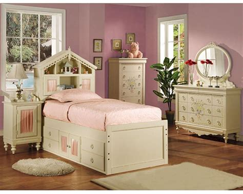 Acme Furniture Bedroom Set In Cream Ac02210tset Acme Bedroom Furniture