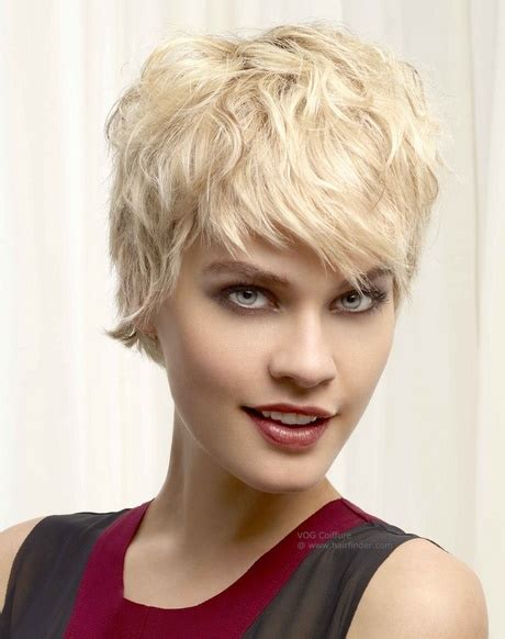 frisuren blond kurz frech