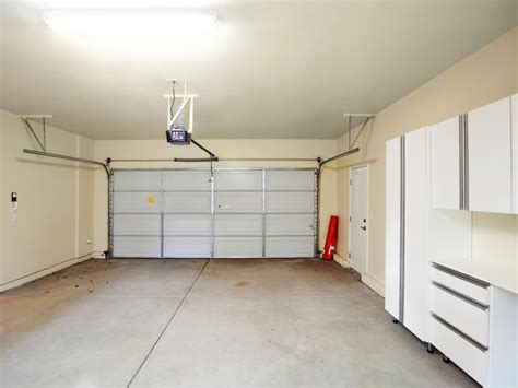 Finished Garages Interior by Best Garage Finishing Ideas Homesfeed