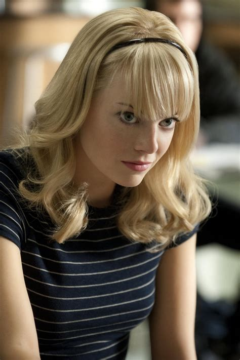 emma stone gwen stacy the amazing spider man two new stills featuring emma