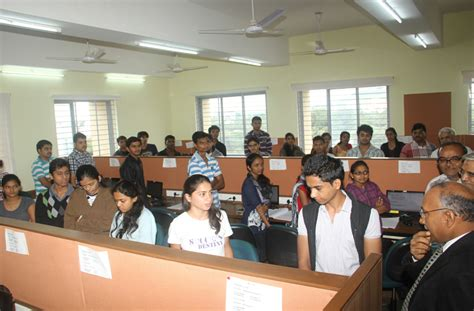 Garware Institute Mba by Mes S Garware College Of Commerce Gcc Pune Images