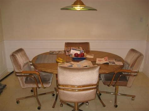 Kitchen Table With Swivel Chairs Kitchen Table And 4 Swivel Chairs Kanata Ottawa