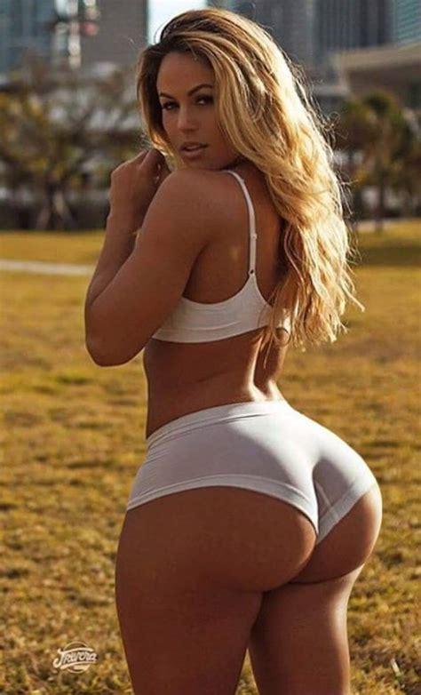 biggest waist female wide hips photo wow thighs pinterest curvy curves