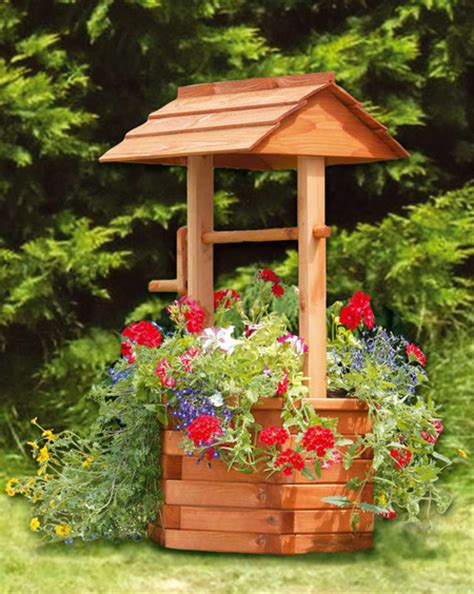 Wishing Well Planters by Wishing Well Planter