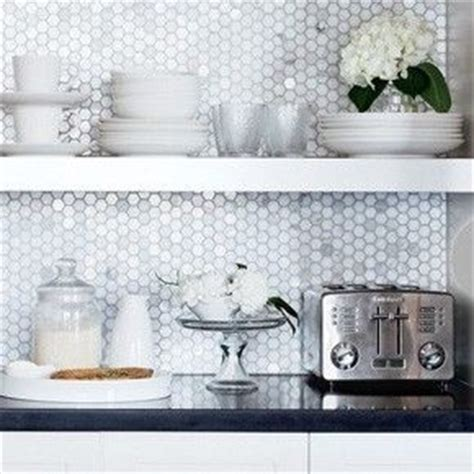 honeycomb tile backsplash farmhouse