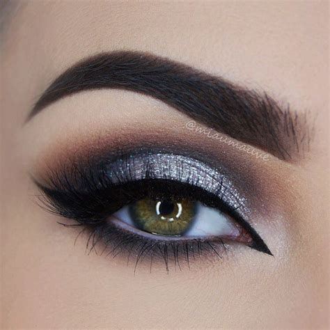 Eyeliner Silver smokey eye makeup black and silver makeup vidalondon