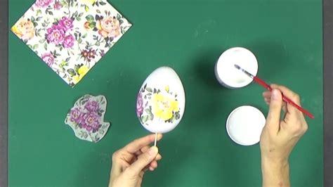 c 243 mo decorar un huevo de porexpan con decoupage youtube - Decorar Huevos Porexpan