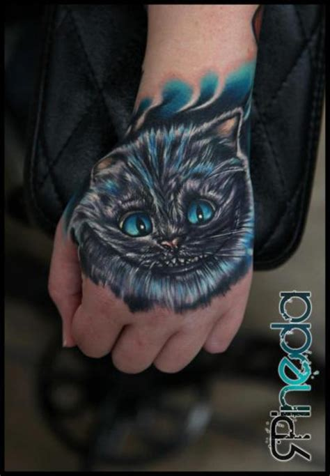 tattoo old school gato tatuaje fantasy mano gato por rich pineda tattoo