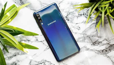 Samsung Galaxy A50 Android 9 by Samsung Galaxy A50 Review A Convincing Mid Ranger With Room For Improvement Androidpit