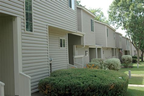 Woodmount Townhomes Rentals Cottage Grove Mn Townhomes In Cottage Grove Mn
