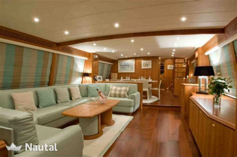 yacht guy louer yacht guy couach 3000 port grimaud var grimaud