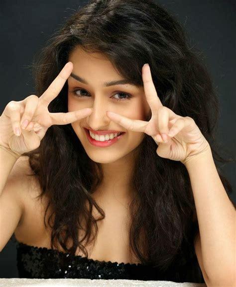 shraddha kapoor bollywood actress image gallery bollywood actress shraddha kapoor images 9 image movie