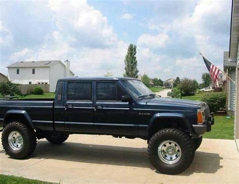 4 Door Jeep Comanche Xj Stretched Into A Jeep Xj