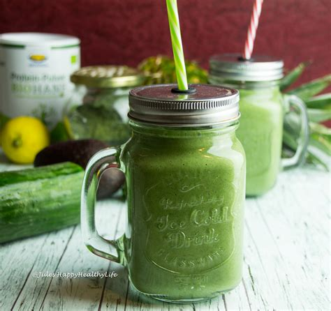 Green Detox Protein Smoothie by Green Detox Protein Smoothie 2 Jules Happyhealthylife