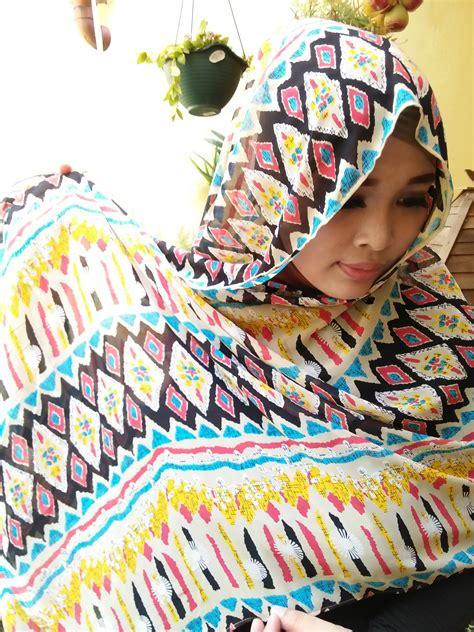 Etnik Scarf pashmina motif etnik warna warni scarf