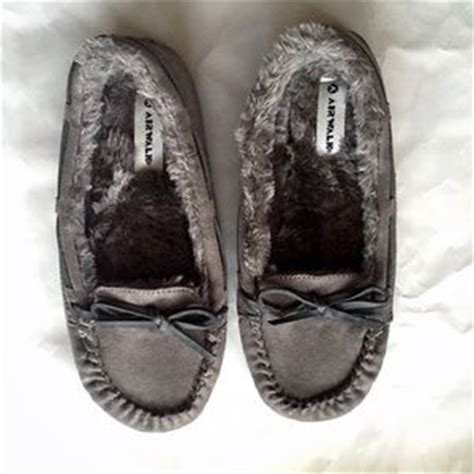 airwalk house shoes 65 off airwalk shoes payless fuzzy slippers from amanda s closet