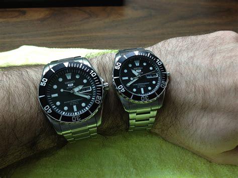 Seiko Snzf17 seiko 5 black divers snzf17 snzf29 picture comparison