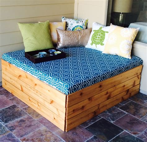 Diy Outdoor Daybed Diy Outdoor Daybed Future Pinterest
