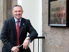 tony banks falklands news veteran returns to falklands for charity trek