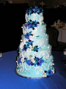 Royal blue and white wedding decorations
