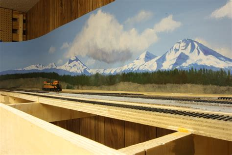 Model Railway Shelf Layout by Model Railroad Shelf Layouts Small N Scale Layout