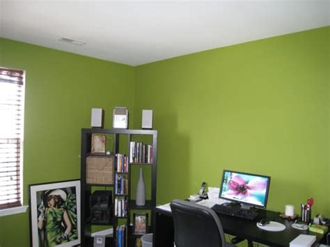 bold green color for office yelp