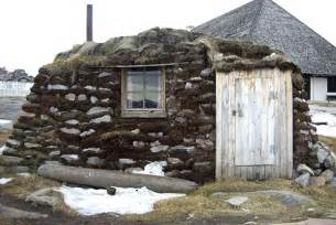 eskimo haus igloos and the tiny houses of the inuit culture