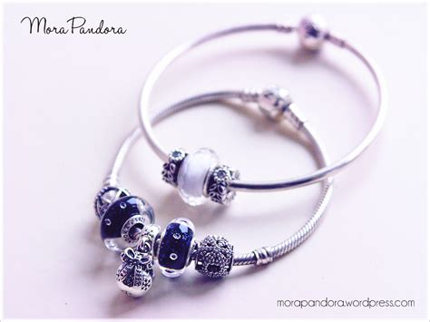 Pandora Ornaments - review ornament charm from pandora winter 2014