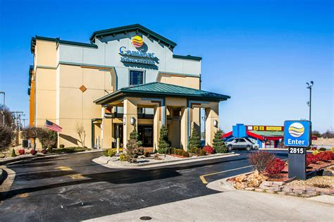 comfort inn and suites springfield mo comfort inn suites springfield i 44 springfield