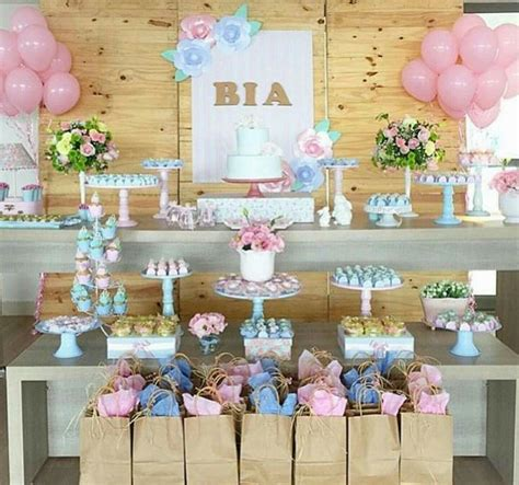 pin by barbara soroczak on shower baby shower baby and baby shower table pin de aline caldeira em baby shower baby shower pallet decora 231 227 o ideias