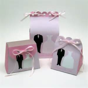 Diy projects printable wedding favor bags becoming the mrs