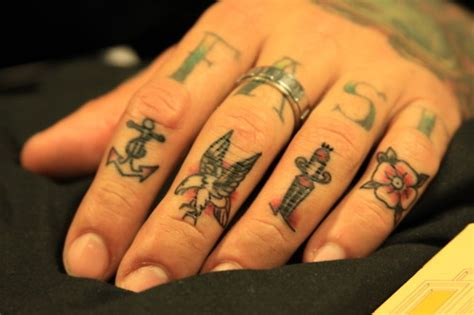 eagle tattoo finger faster fingers hand tattoos image 152220 on favim com