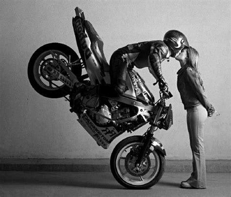 imgenes de amor en moto en toda velocidad im 225 genes de personas muy enamoradas en moto im 225 genes de
