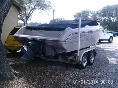 best bowrider boats over 30 feet stingray 220 lx power boat bow rider 2008 for sale for