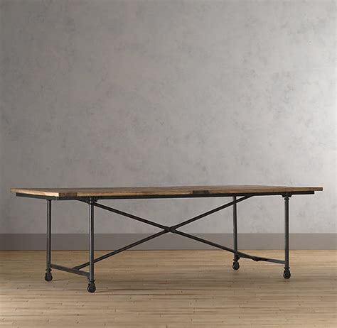 restoration hardware flatiron desk even though it would be nice to have storage underneath