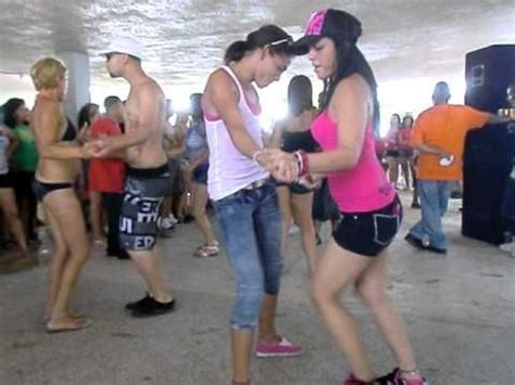musica latina web bachata performanceataca y la alemana 18 best bachata videos images on pinterest dancing