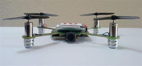 drone volante con telecamera mecam l elicottero con telecamera miniaturizzata