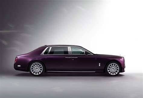 roll royce fantom photo comparison rolls royce phantom viii vs rolls royce
