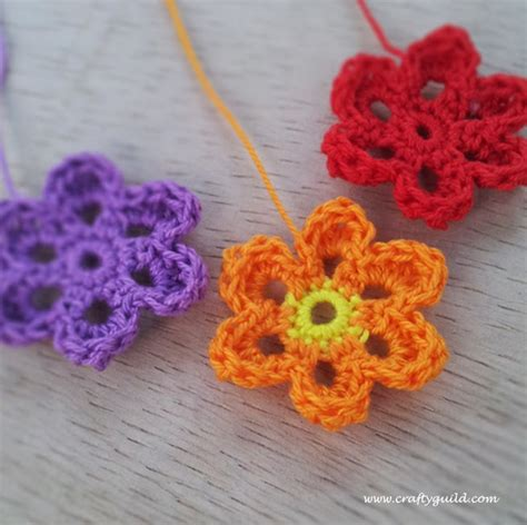 crochet flower pattern easy free free crochet pattern simple flower squareone for